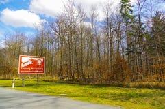 Signe rouge de route avec un ilustration d'endroit historique en Bavière, Allemagne, site de patrimoine mondial de l'UNESCO de pa Images libres de droits