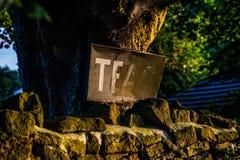 Signe rouillé indiquant des thés Photos stock