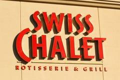 Signe suisse de chalet images stock