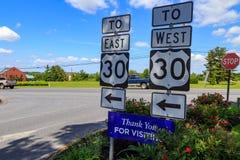 Signes directionnels de l'itinéraire 30 Photo stock
