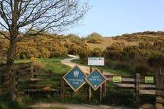 Signes pour le parc et le Nicky Nook Fell de Wyresdale photographie stock
