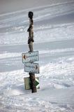 Signez dedans la neige Photographie stock libre de droits