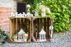 Signez la réception de mariage, le M. et la Mme lus par signes Photographie stock