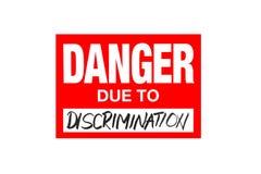 Signez le danger dû à la discrimination d'isolement sur le blanc illustration stock
