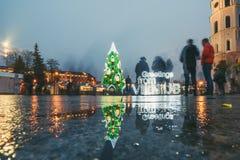 Signez les salutations de l'arbre de Vilnius et de Noël à Vilnius Lithuanie 2015 Photo stock