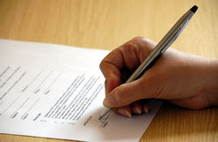 Signing a business contract Royalty Free Stock Image