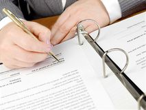 Signing a contract. Royalty Free Stock Photography