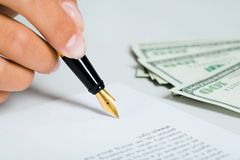 Signing of the document Royalty Free Stock Photos