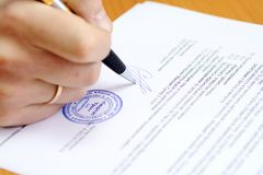 Free Signing Document Royalty Free Stock Images - 5248399