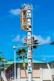 Signo positivo Aloha Tower Imágenes de archivo libres de regalías