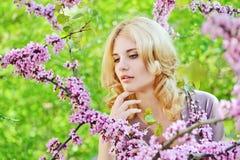 Signora adorabile della primavera Immagine Stock Libera da Diritti