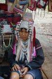 Signora anziana nordica della tribù della collina della Tailandia Immagini Stock