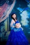 Signora asiatica su vestita Fotografia Stock Libera da Diritti