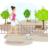 Signora che cammina con il cane di animale domestico royalty illustrazione gratis