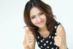Signora che dà DUE POLLICI IN SU!! Fotografia Stock Libera da Diritti