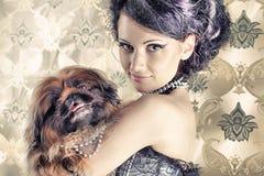 Signora con il cane Fotografia Stock Libera da Diritti
