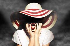 Signora con il cappello Fotografie Stock Libere da Diritti