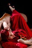 Signora dai capelli rossi di bellezza con la maschera del partito Immagine Stock Libera da Diritti