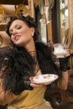 Signora dalla tazza Fotografia Stock Libera da Diritti
