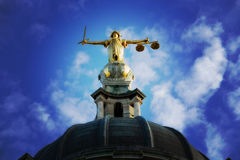 Signora Justice On The Old Bailey, Londra Fotografia Stock
