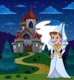 Signora medievale vicino al casle di notte Fotografia Stock Libera da Diritti