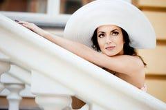 Signora nel cappello Immagine Stock