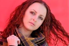Signora nel colore rosso Fotografia Stock