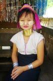Signora nel lahwi etnico di Karen Fotografie Stock