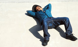 Signora reclinata Fotografia Stock Libera da Diritti