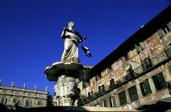 Signora Verona della fontana Immagine Stock