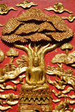 Signore di buddha sotto l'albero fotografie stock libere da diritti