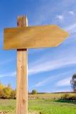 Signpost de madeira Imagens de Stock Royalty Free