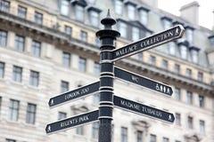 Signpost della via di Londra Immagine Stock Libera da Diritti
