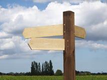 Signpost em branco. Foto de Stock