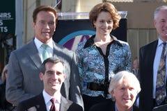 Sigourney vävare, James Cameron, Arnold Schwarzenegger arkivbilder