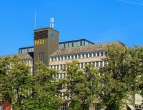 Sihlpost stolpe - kontorsbyggnad i staden av Zurich, Schweiz Arkivbild