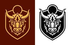 Sihouettes capi della Buffalo sull'emblema di vettore dello schermo illustrazione vettoriale