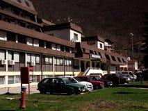 Sijarinjskabanja, kuuroord, kuuroord in Zuid-Servië, Hotelgeiser Stock Afbeelding