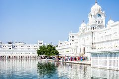 Sikh-gurdwara goldener Tempel (Harmandir Sahib). Amritsar, Punjab, Indien lizenzfreie stockfotos