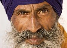Sikh- man i Amritsar, Indien. Arkivbilder