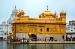 Sikhijskiego gurdwara Złota świątynia w Amritsar, Pundżab, India obraz royalty free