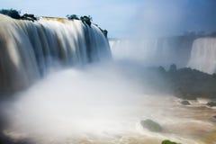 Siklawa Cataratas Del Iguazu na Iguazu rzece, Brazylia Zdjęcia Stock