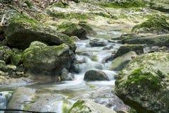 Siklawa na halnej rzece Crimea Zdjęcie Royalty Free