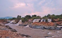 Siklawa na możnej Usuthu rzece w Swaziland fotografia royalty free