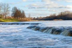 Siklawa na Venta rzece, Latvia. Zdjęcie Stock