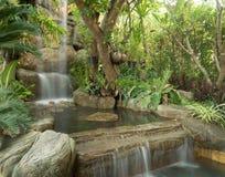 Siklawa strumień przy parkiem Obrazy Stock