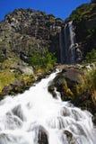 Siklawa w górach Fotografia Stock
