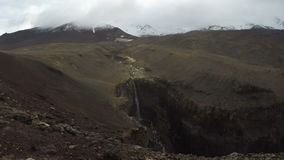 Siklawa w jarze na wulkanu czasu upływie zdjęcie wideo
