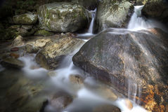 Siklawa w jeziorze Obraz Stock