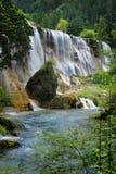 Siklawa w Jiuzhaigou parku narodowym, obraz royalty free
